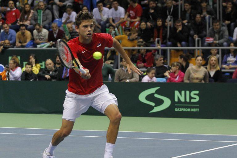 Masters u Parizu: Krajinović pobedio Sugitu, sledi duel protiv Kverija